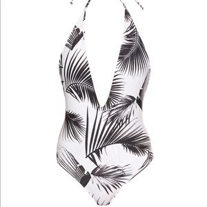 Mikoh Hinano one piece, palm leaf, M